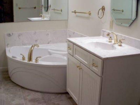 Corner Tub and Vanity